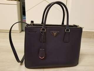 Prada Saffiano Lux Tote Bag  (medium size)