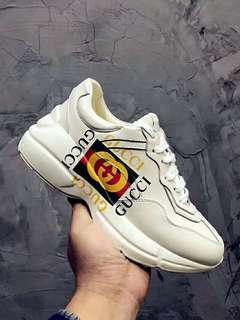 Gucci鞋