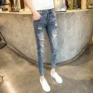 Ripped Jeans 28-34