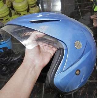 Helm Ink Biru