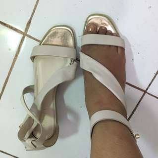 Sandal tumit 3 cm Vincci