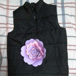 🌸 old navy vest 🌸