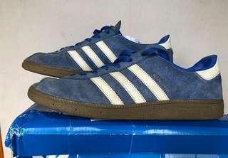 Sepatu Adidas #UNIS2018