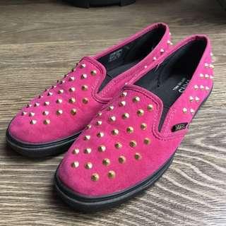 Vans studded slip on 窩釘休閒鞋