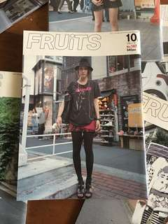 FRUiTS No. 147, 2009 Issue 10