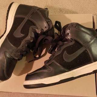 Nike Gunmetal High-Dunk - size 6