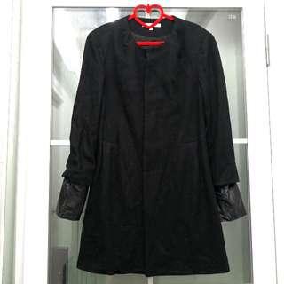 全新I.T 5CM女裝時尚型格黑色外套 Brand New I.T 5CM Ladies Fashion Style Black Jacket
