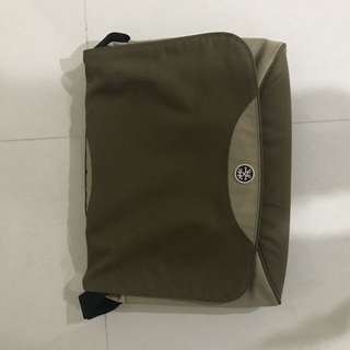 Crumpler Laptop Bag