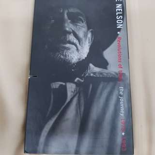 Revolutions of Time...The Journey 1975/1993 - Willie Nelson (3 CDs) (1 cut in the box but CDs are ok)