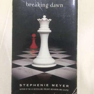 Breaking dawn novel (preloved)