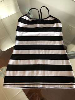 Lulu Lemon Black&White Stripe Tank Size 6