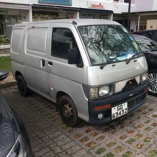 Daihatsu Hijet 660 Auto - $10 per day Most affordable Van for sale