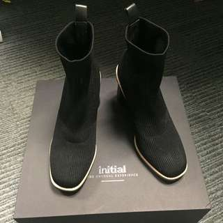 Initial socket sock boots 襪靴