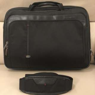 Samsonite briefcase w/ handles & stripe