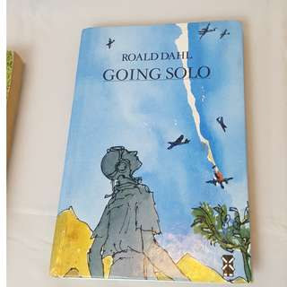 Going Solo Hardcover  by Roald Dahl  (Author)