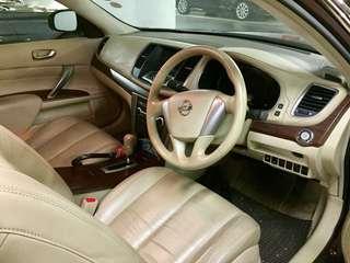Nissan Teana 2.0 Auto