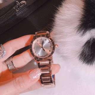 白色貝殼錶盤