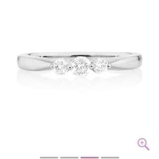 Genuine Michael Hill Diamond Engagement Ring