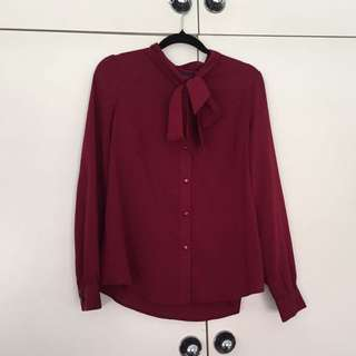 Retro burgundy blouse w neck tie