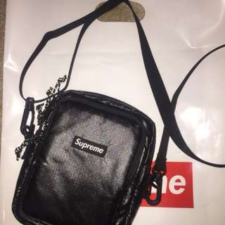 Supreme black shoulder bag