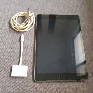 Ipad Mini 2 (includes hdmi cable for apple gadgets to tv)