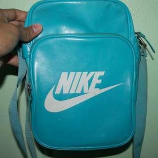 Nike Sling Bag Light Blue