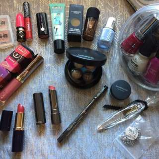 Brand new makeup lot