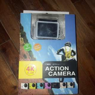 Rush Waterproof camera w/ 2gb memory card