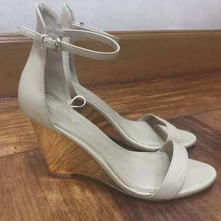 [SUITE BLANCO] Metallic Wedge Heels