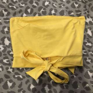 Yellow tie crop