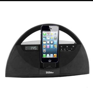 Docking station with radio & Bluetooth function for all phones