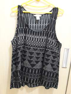 Black pattern tank top