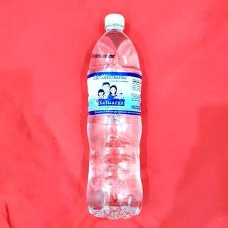 Drinking water (cap kelaurga)
