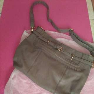 🚚 (全新)鐵灰色皮質包包 兩背式長背帶可拆 可放A4大小