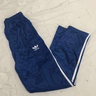 Adidas tracksuit pant size M