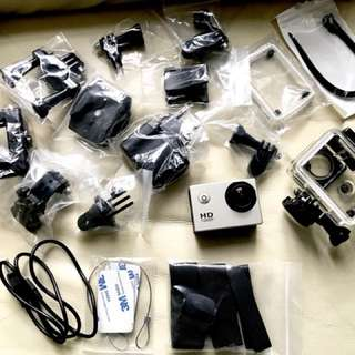Action cam (with all accessories)