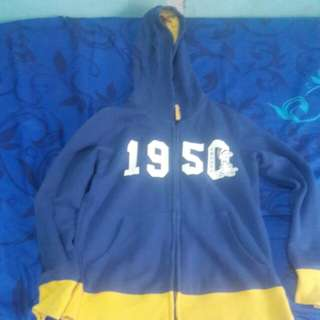 original uniQLO jacket with hood 7 to 9 yrs old