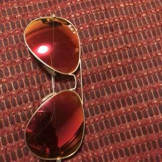 R.glasses