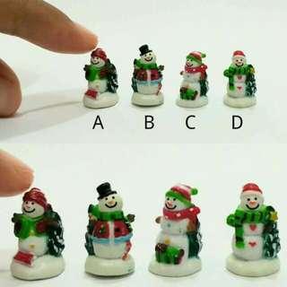 Miniature Christmas Snowmen Set