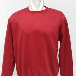Sweater basic merah marun