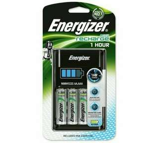 Brand New Energizer Recharge 1 Hour Quick / Fast Charger & Rechargeable Battery