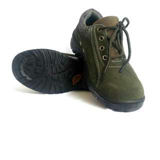 Safety Shoes import