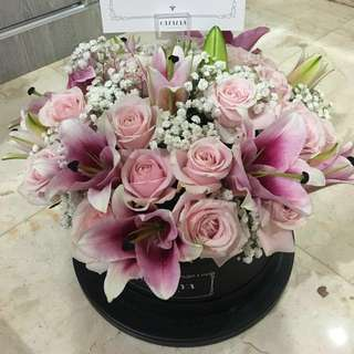 Bloombox by Catalya Flowers