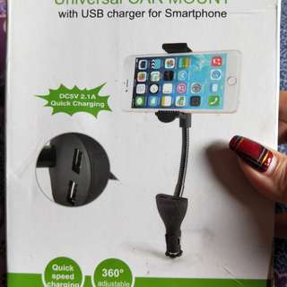 Universal Car Mount with USB charging for Smartphone