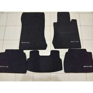 Karpet mercedes benz ex-w210..bs utk w124