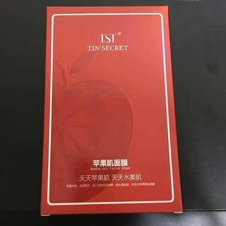 TST Apple Skin Mask 苹果肌面膜 ~ 5pcs per box