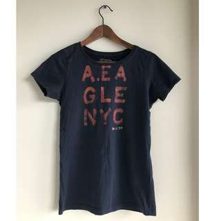 AEO Navy Graphic Tee - size small