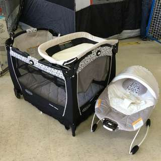 Graco Pack 'n Play with Bouncer