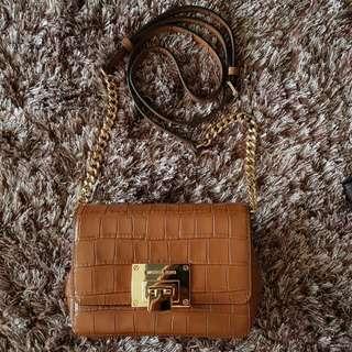 Mk Tina Emboss Leather Size 18x12