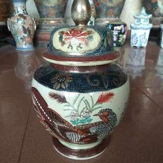 Guci Antik Asli Cina Tinggi 30 Cm..
